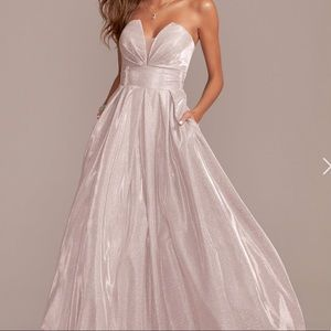 Betsy and Adam NWT shimmering gown size 4